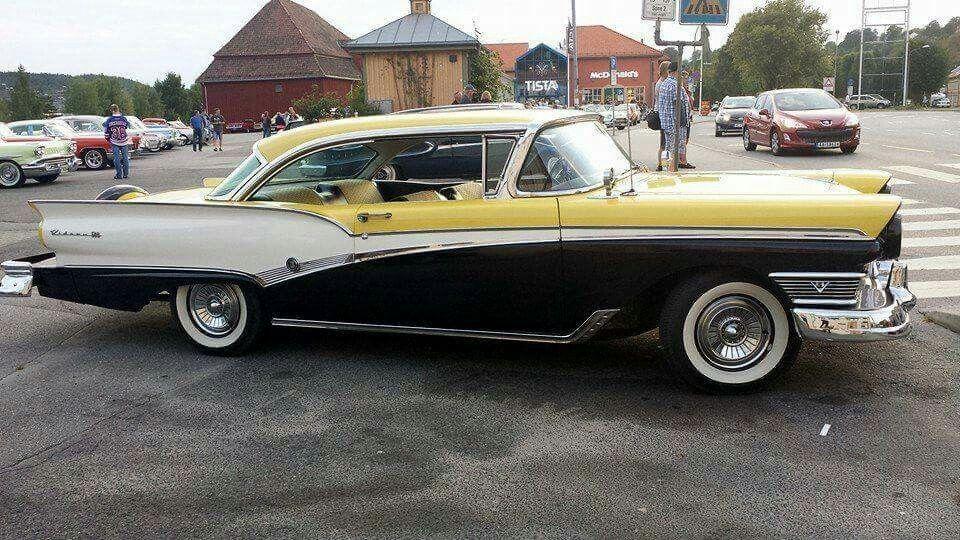1957 Meteor Rideau 500 (Canada) Canada had this Meteor as