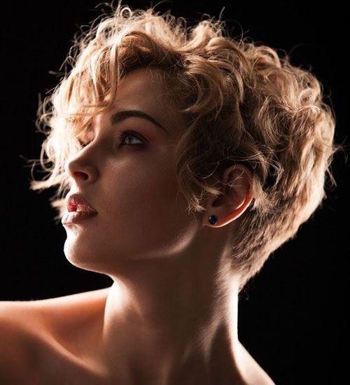 40 New Short Curly Hairstyles For Women 2020 Kisa Sac Kisa Sac