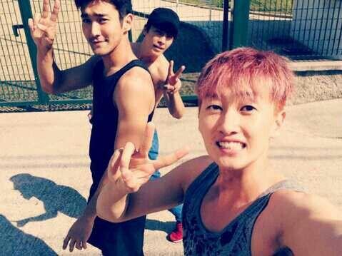 Donghae, Siwon and Eunhyuk :)