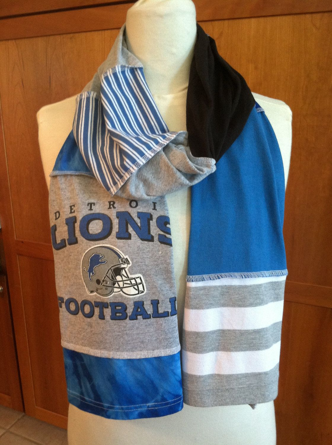 daadeb49e9c UPCYCLED t-shirt scarf ... DETROIT LIONS... Honolulu Blue