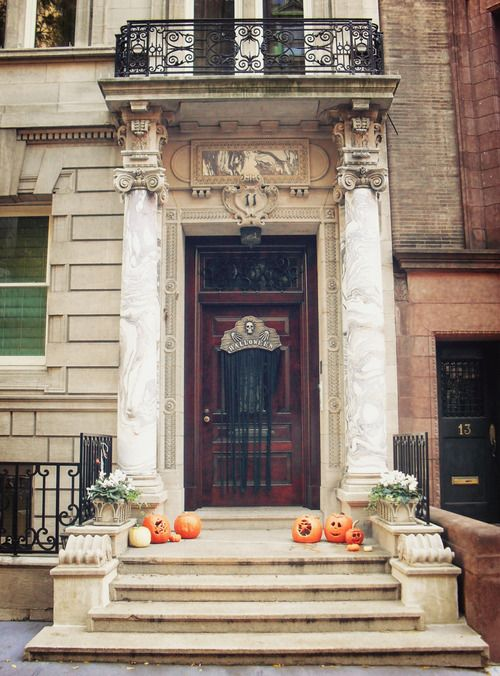 New York City - Autumn - Upper East Side Halloween Decorations