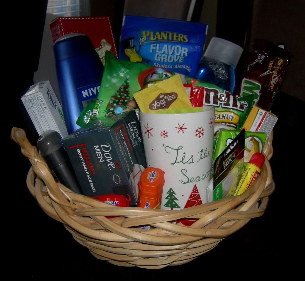 Family gift baskets for christmas ideas