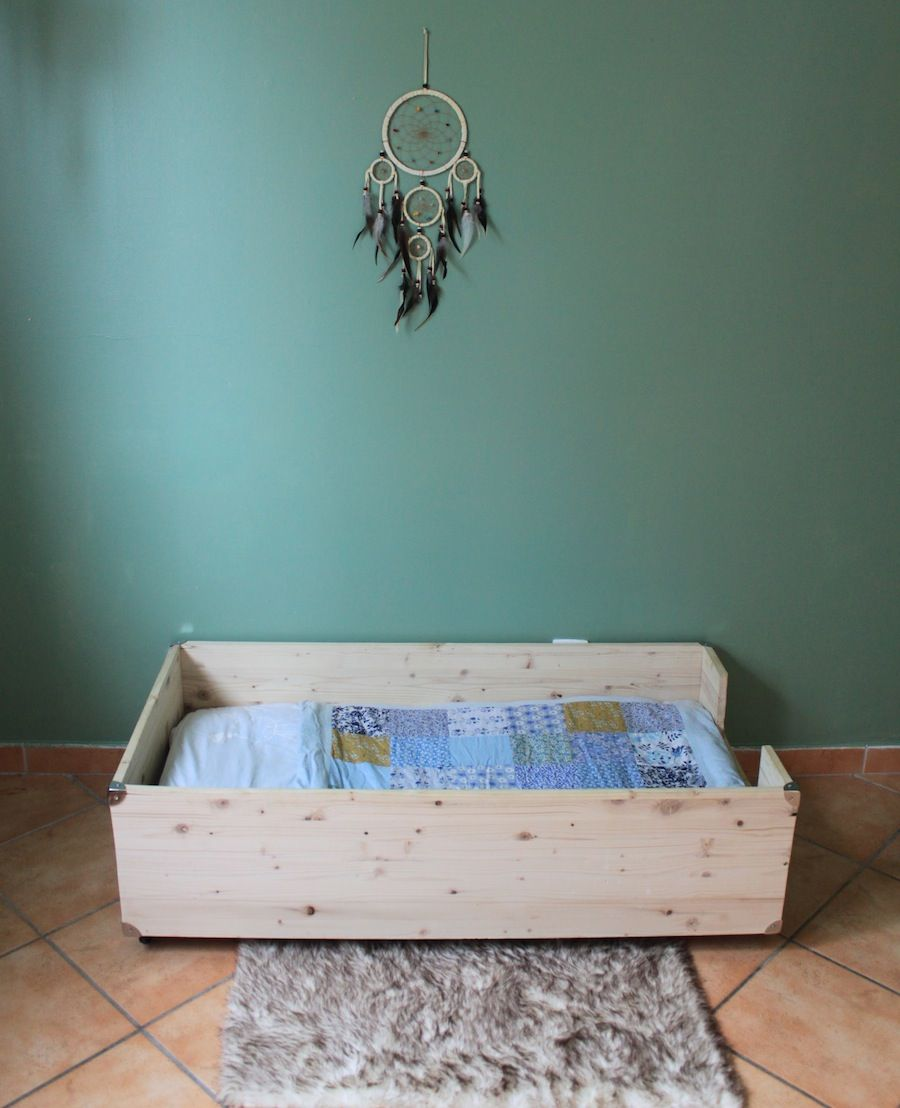 Fabriquer un lit - Montessori