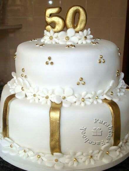 Pin De Sonia Moreira Em Cake Bolo De Festa Bolo Noivado Bolos