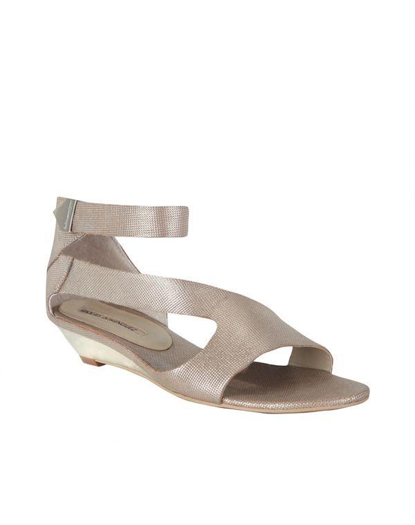 Moda. Sandalias De MujeresAdolfo DominguezBolsosZapatos
