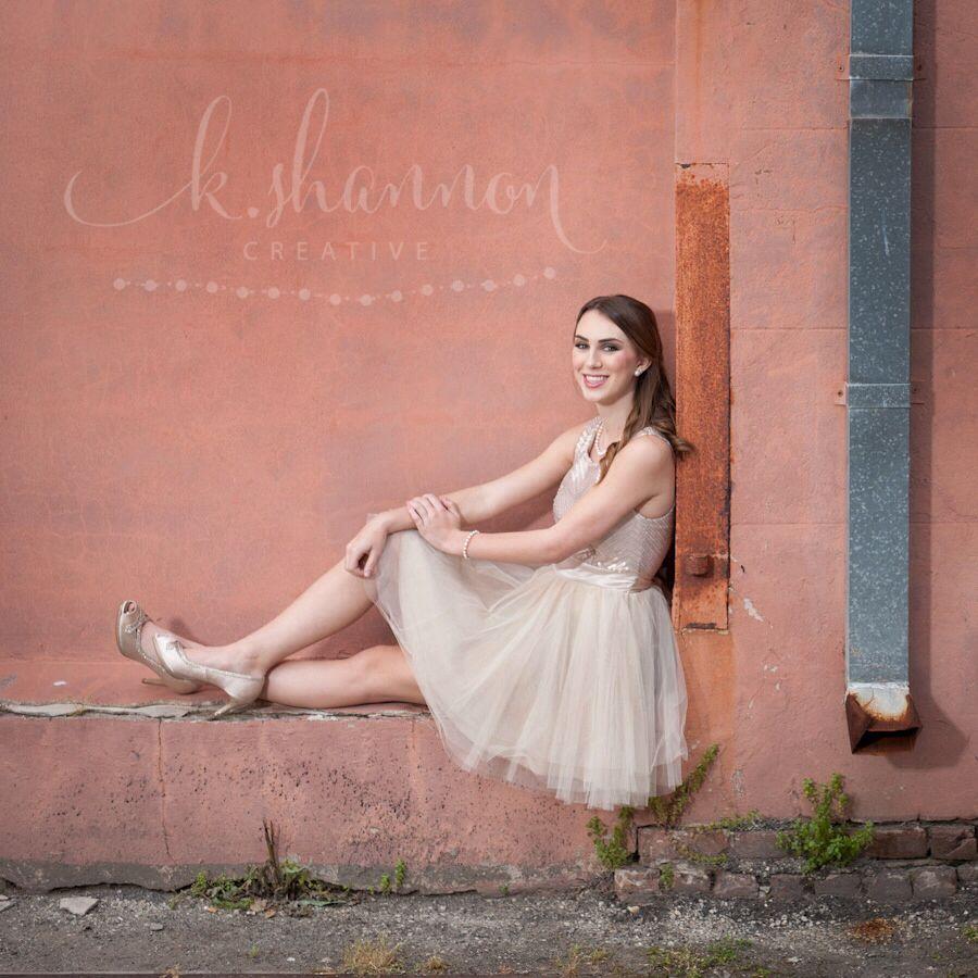 Senior portraits in Galveston, Texas. I love the sweet party dress! Lighting: Beauty Dish, Photographer: K. Shannon Creative
