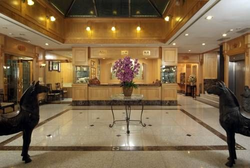 New Image Hotel Kaohsiung Kaohsiung New Image Hotel Kaohsiung is located in Kaohsiung's Chiangjin District, a 10-minute walk from Liuho and Nanhua Night Market. It has a cafe, free parking and rooms with free internet.