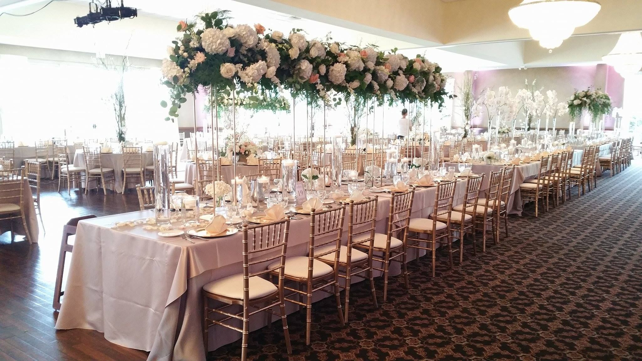 Mocha linens offer a very rich shade of beige. Gold