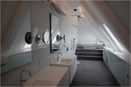 Moderne langwerpige badkamer inrichting huis idee huizen
