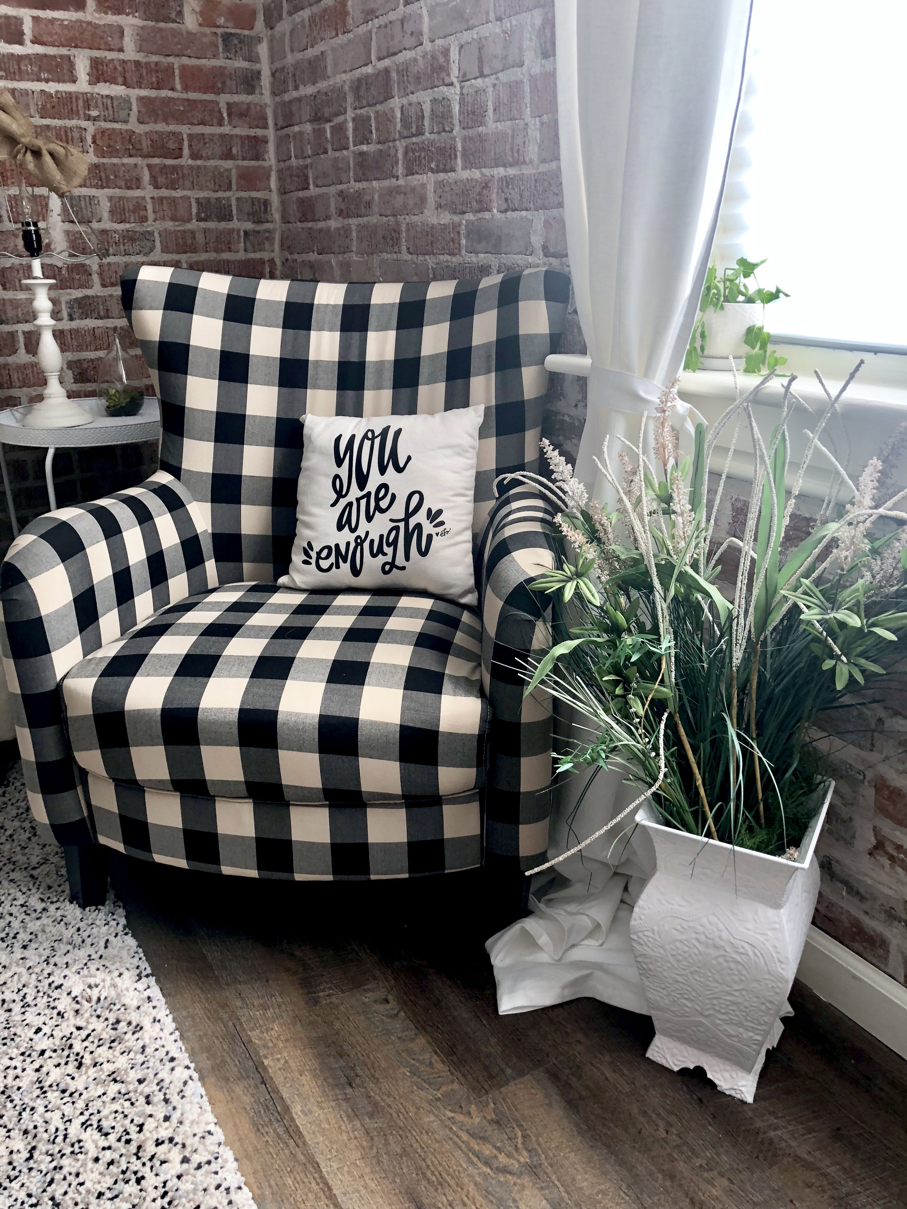 Best Black And White Checkered Arm Chair Checkered Armchair 400 x 300