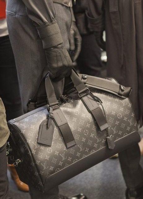 b07ee0ea46bc Louis Vuitton   Men bags   Louis vuitton, Louis vuitton handbags, Bags