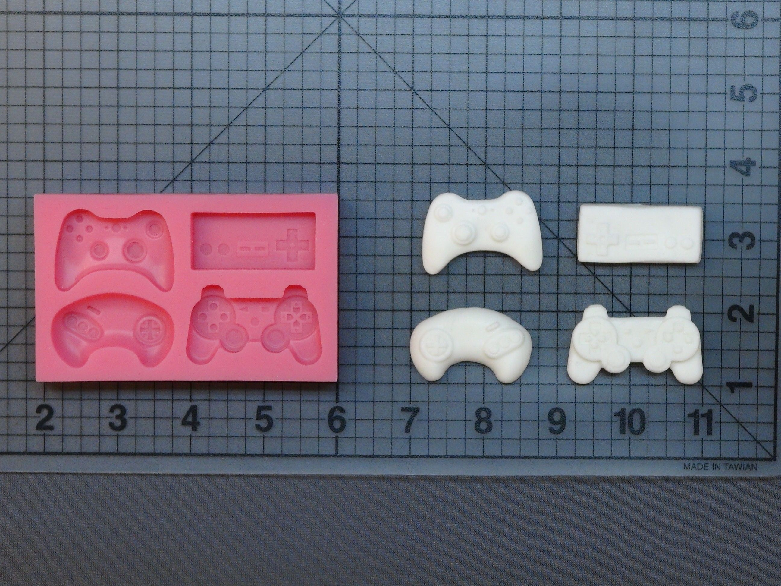 Pin on Silicone Molds and Cake Decorating Tools