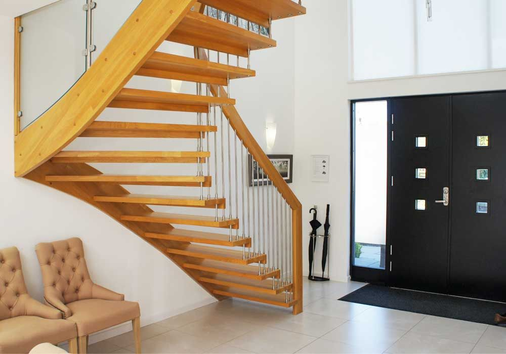 Best Timber Staircase Lyndhurst With Solid Oak Treads Timber 400 x 300