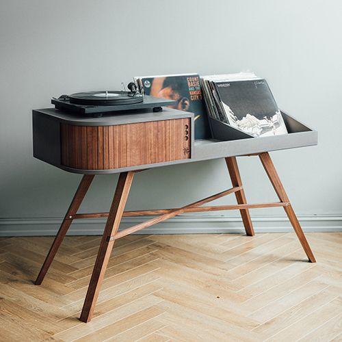 Vinyl Table Un Ecrin De Chene Pour Les Amoureux De Disques Vinyles Meuble Pour Platine Vinyle Meuble Vinyle Etagere Vinyle