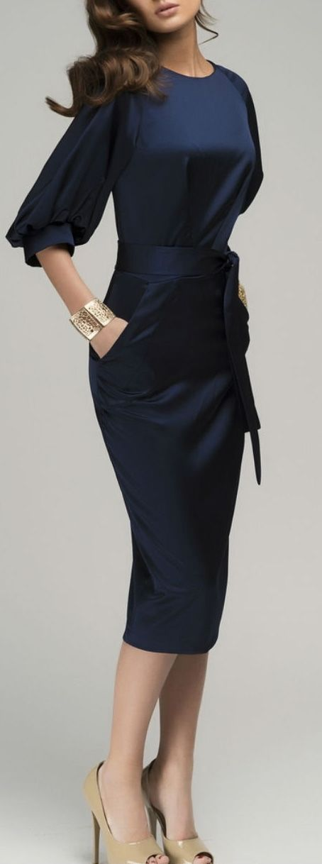 Looking for a special dress for work? This mid-calf elegant dress will never be wr