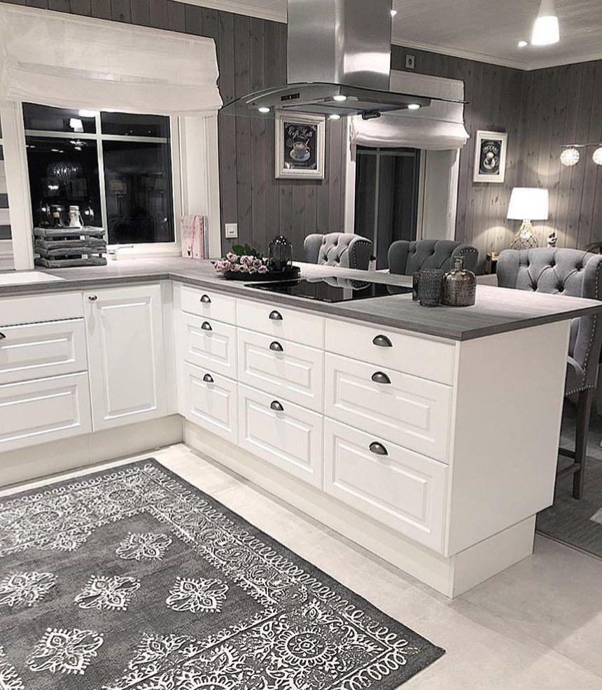 Fantastisch Küche Und Bad Showrooms Lange Insel Fotos ...