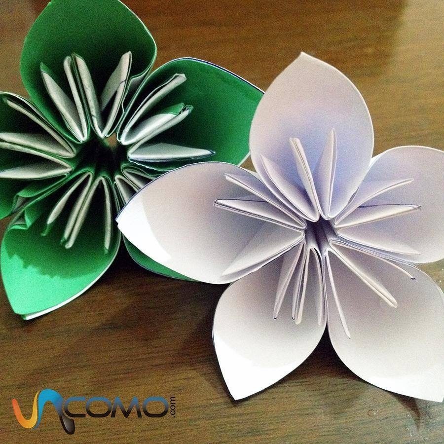 Comment faire une fleur à 5 pétales en origami - 9 étapes | Faire des fleurs, Modèles fleurs de ...