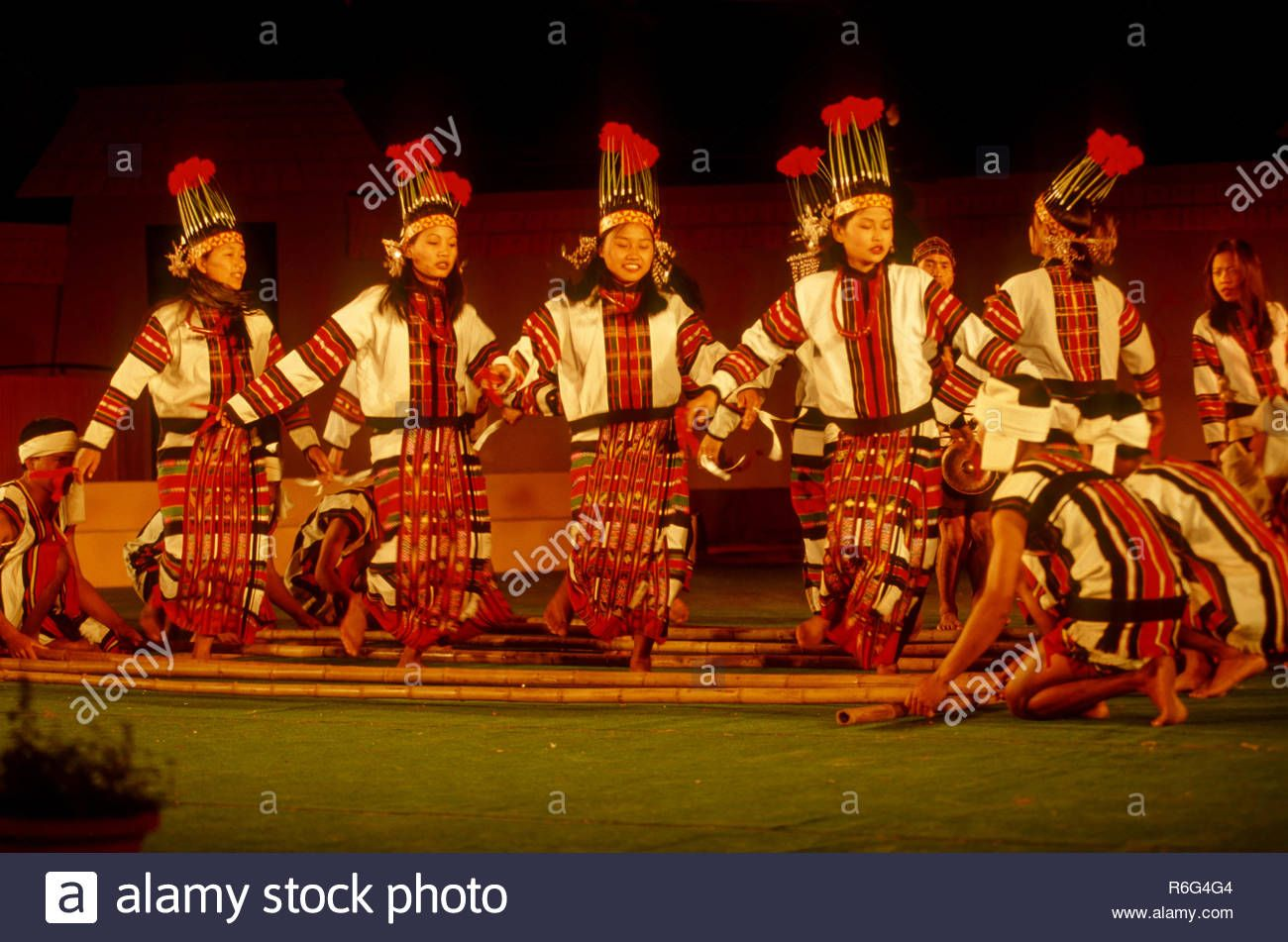 Pin On Dress And Dance Form Of Eastern India Unexplored