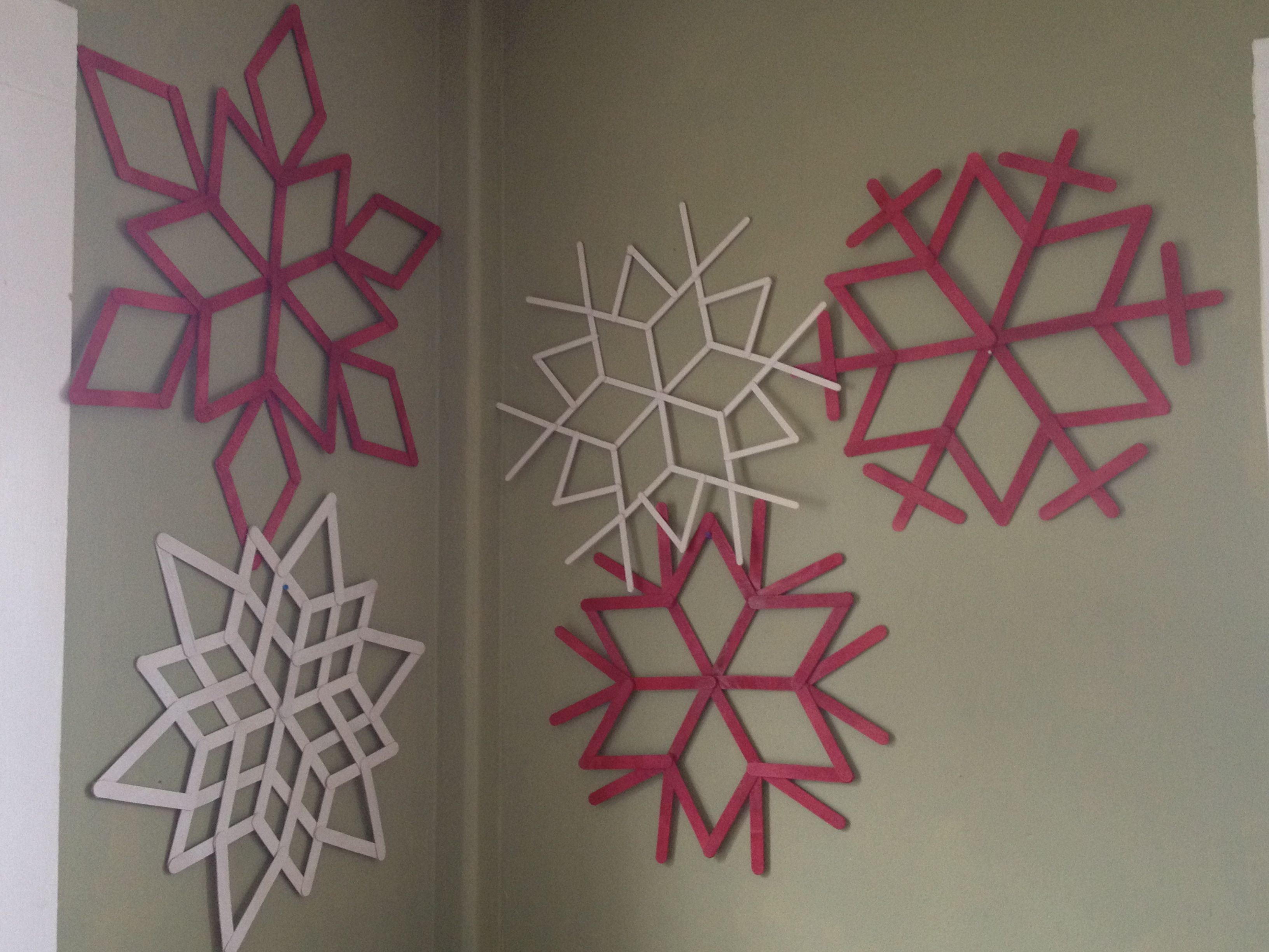 popsicle stick snowflakes christmas decorations diy