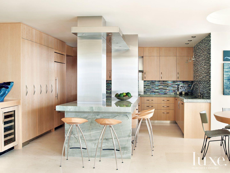 22 Brilliant Kitchen Backsplash Ideas | LuxeSource | Luxe Magazine ...