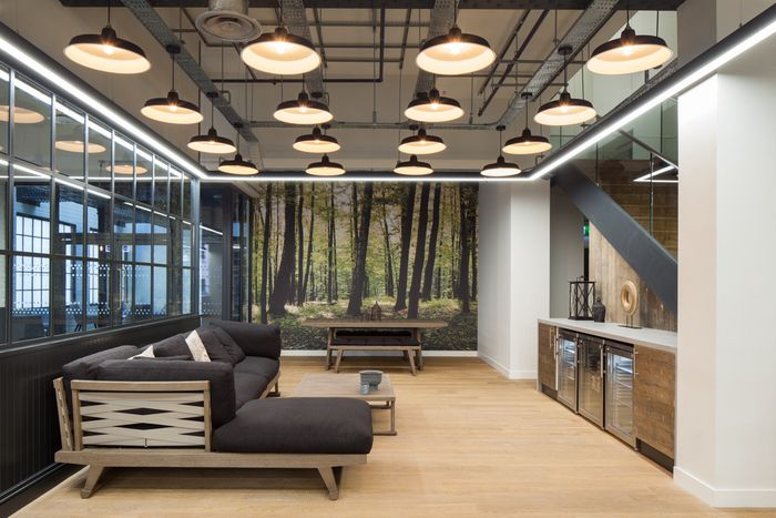 Office Tour Zoopla Offices London Office Interiors Corporate Office Design Industrial Office Design