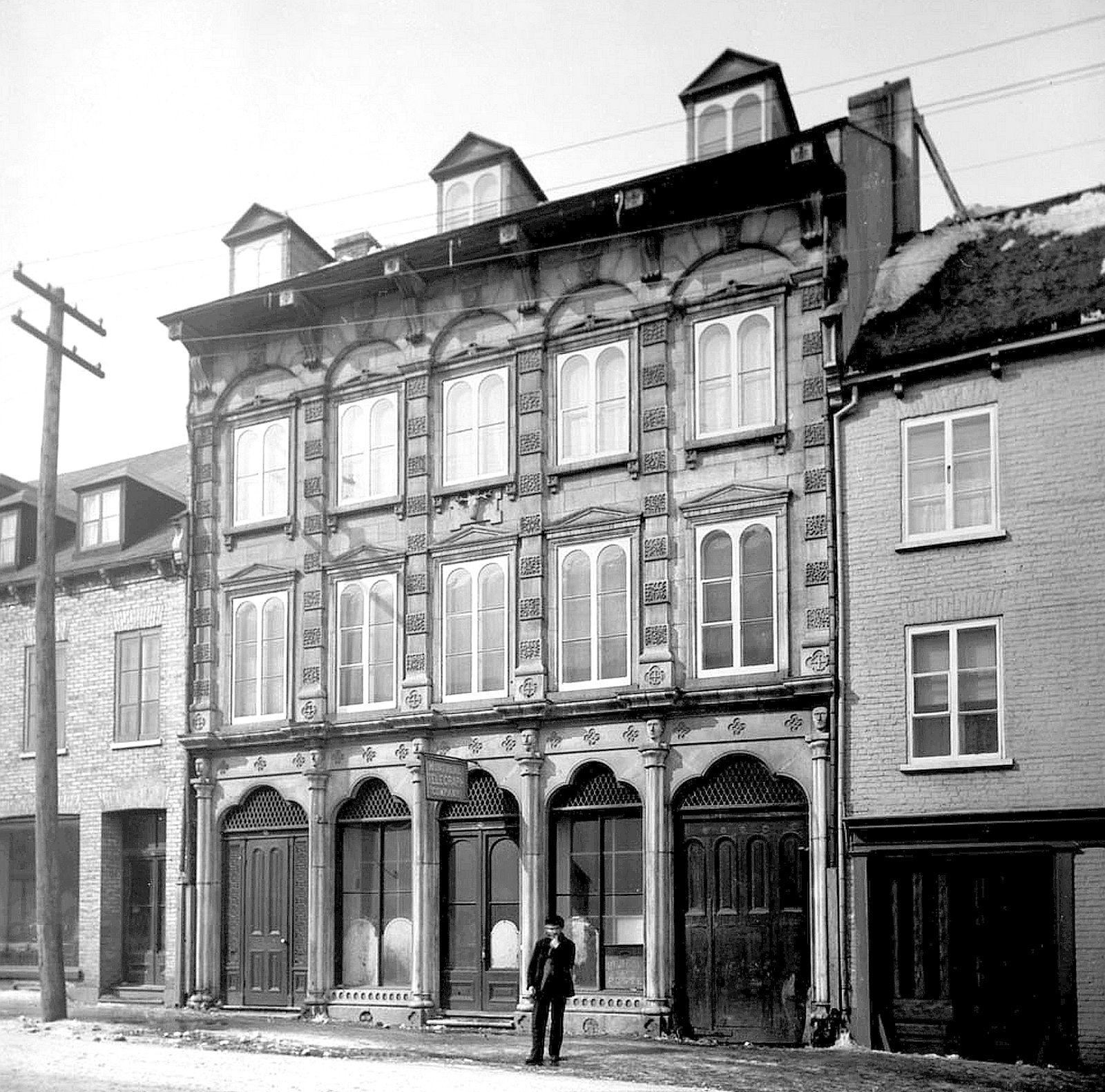 Vue Du 772 774 Rue Saint Jean A Quebec Avant 1898 Quebec City Trois Rivieres Quebec