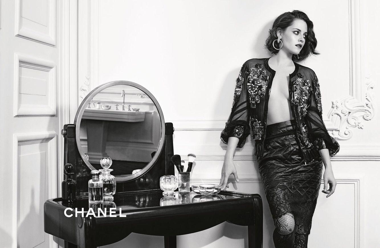 "Kristen Stewart for Chanel Métiers D'Art ""Parus in Rome"" Campaign"