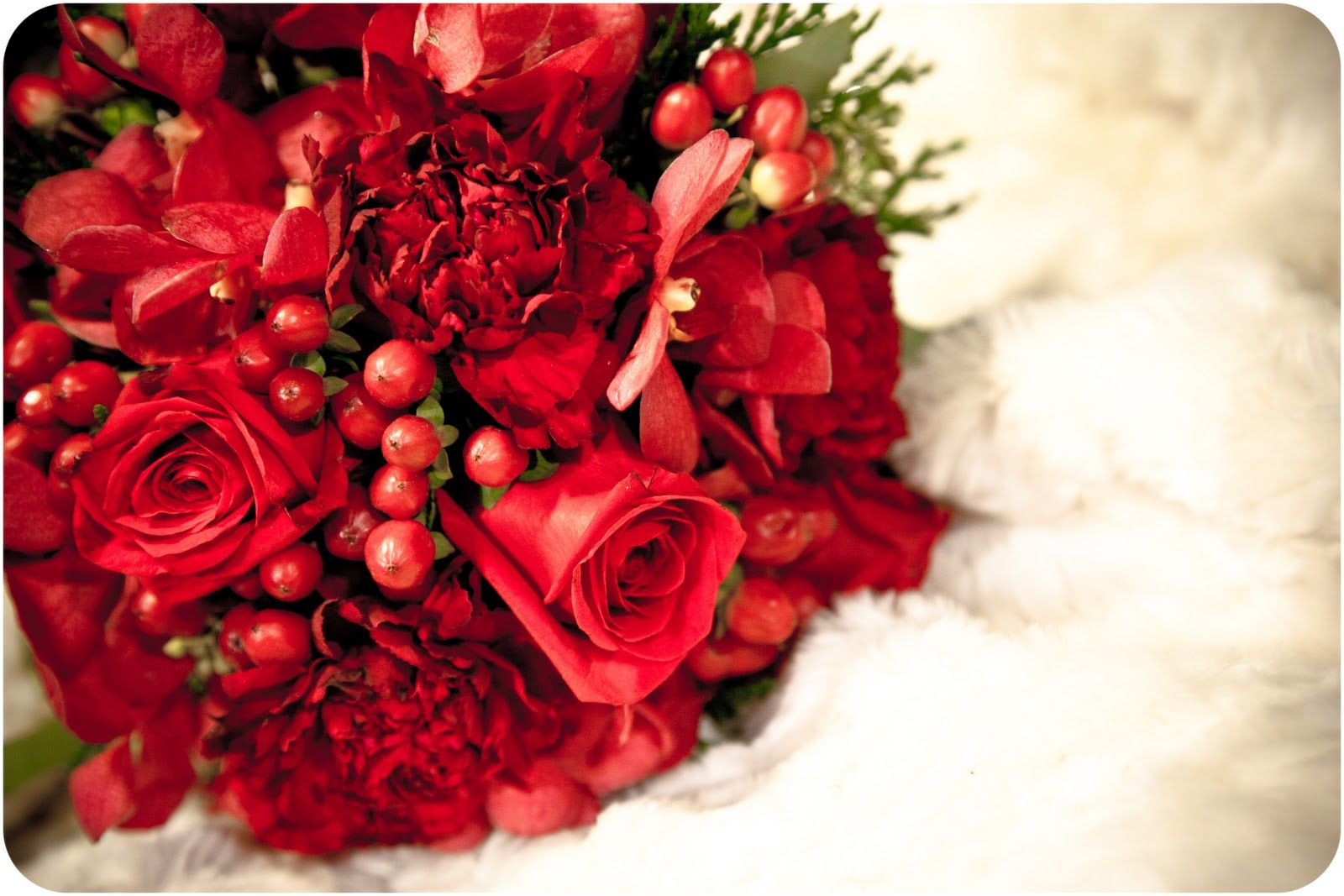 christmas flower designs | Blooming Bouquet Floral Design: Christmas ...