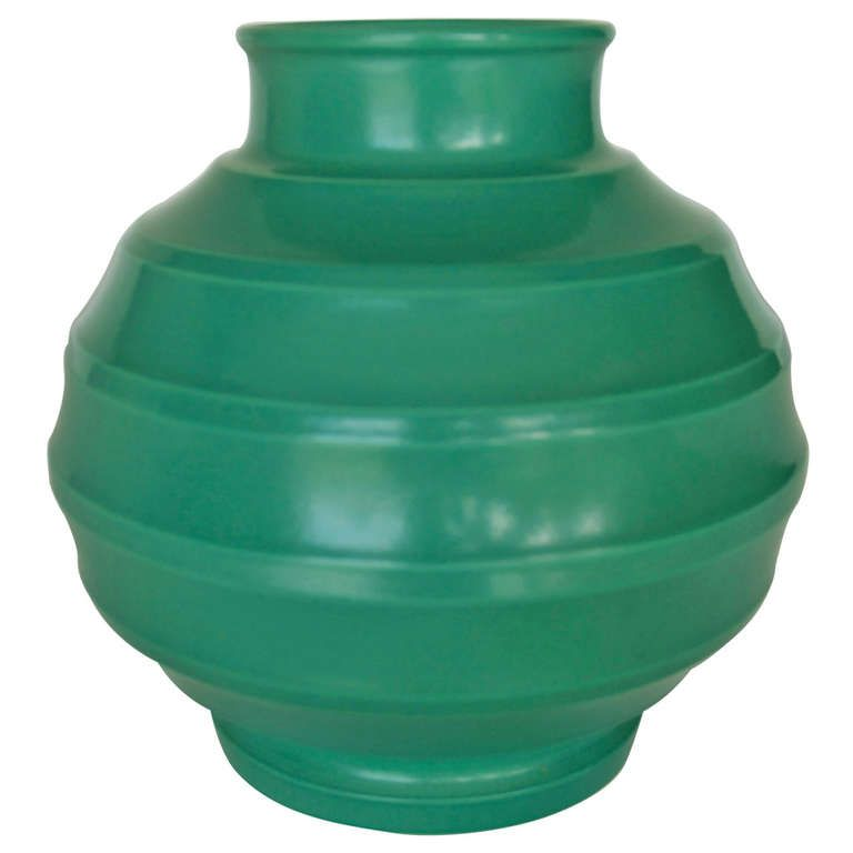 "Keith Murray for Wedgwood, Matte Green ""Bombe"" Vase, 1930s"