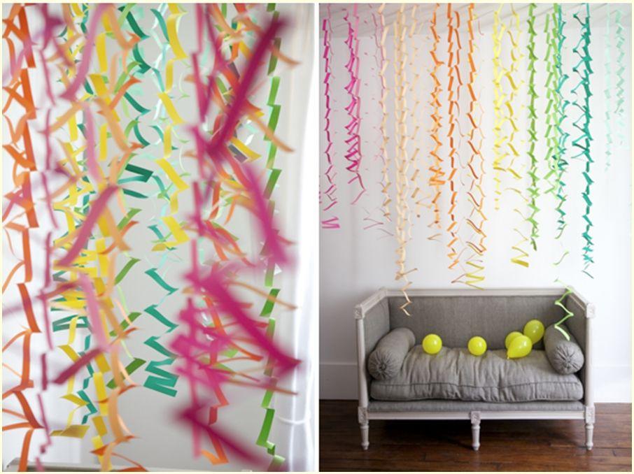 Decoração parede festa com zigzag de papel