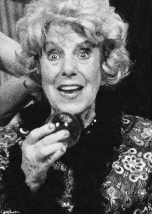 MARIA ISBERT actriz (1917-2011)