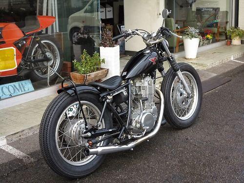 Bobber Inspiration | SR400 bobber | Bobbers and Custom Motorcycles