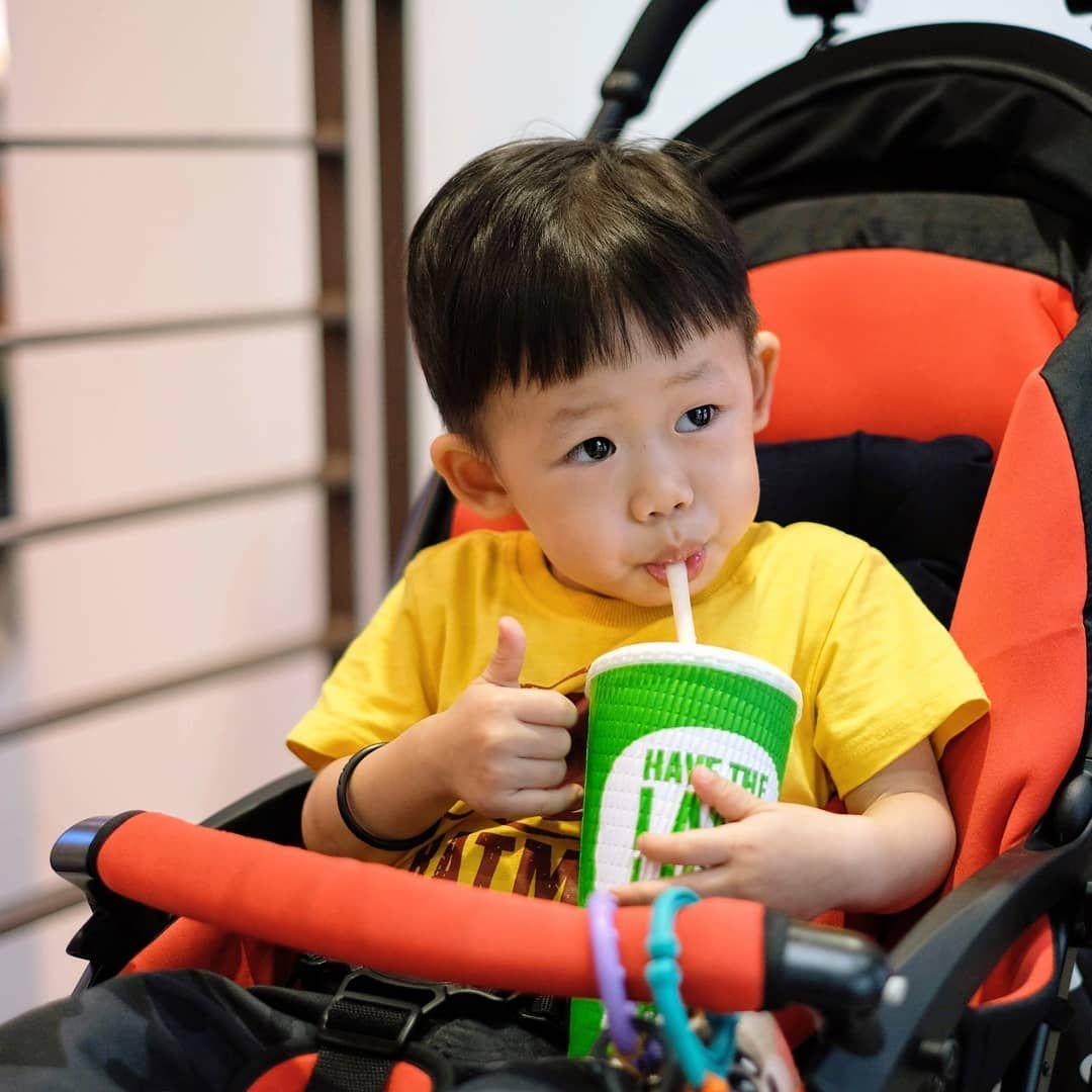 Nice juice 😻#toddlerfashion #love #weekend #babymodel #style #parenthood #baby #photography #fashion...