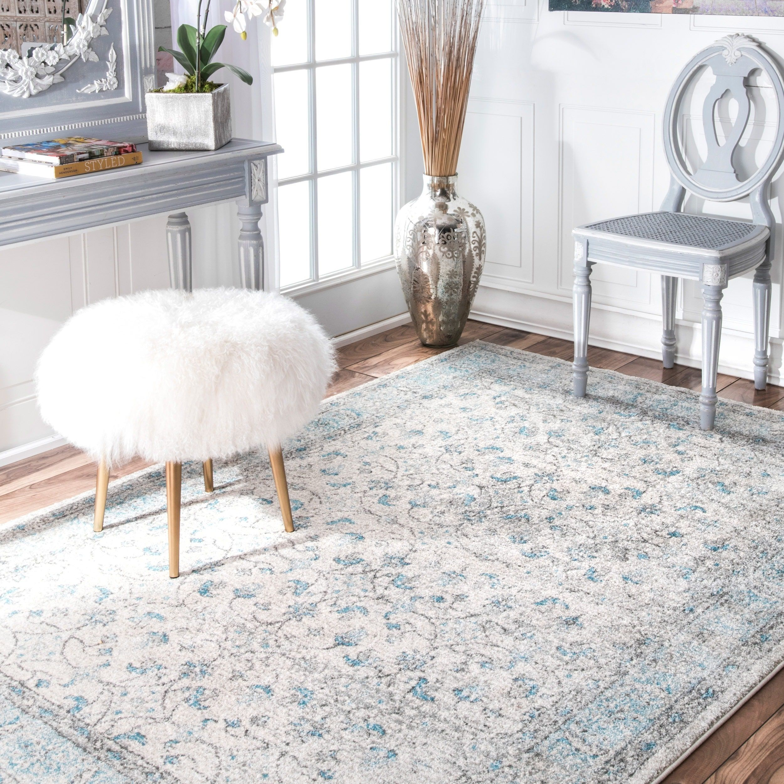 7x9 - 10x14 Rugs Under $300 : Use large area rugs to bring a new ...