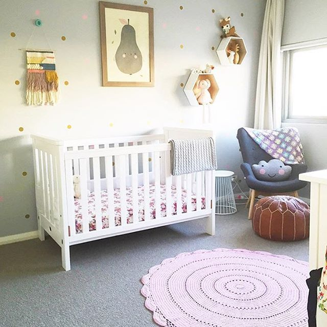 i love seeing where my weavings end up, especially when it's such a precious space! thanks for sharing @bittyhabitat