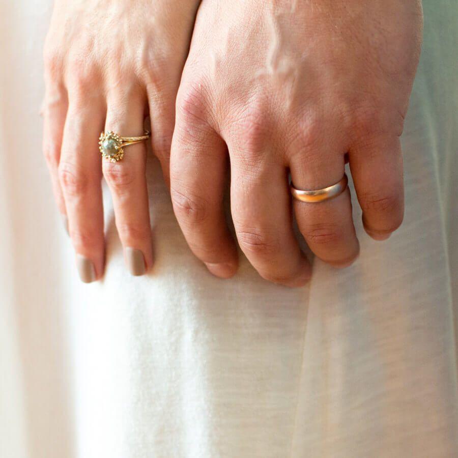 4mm 14k Gold Men S Wedding Ring Modeled On The Finger