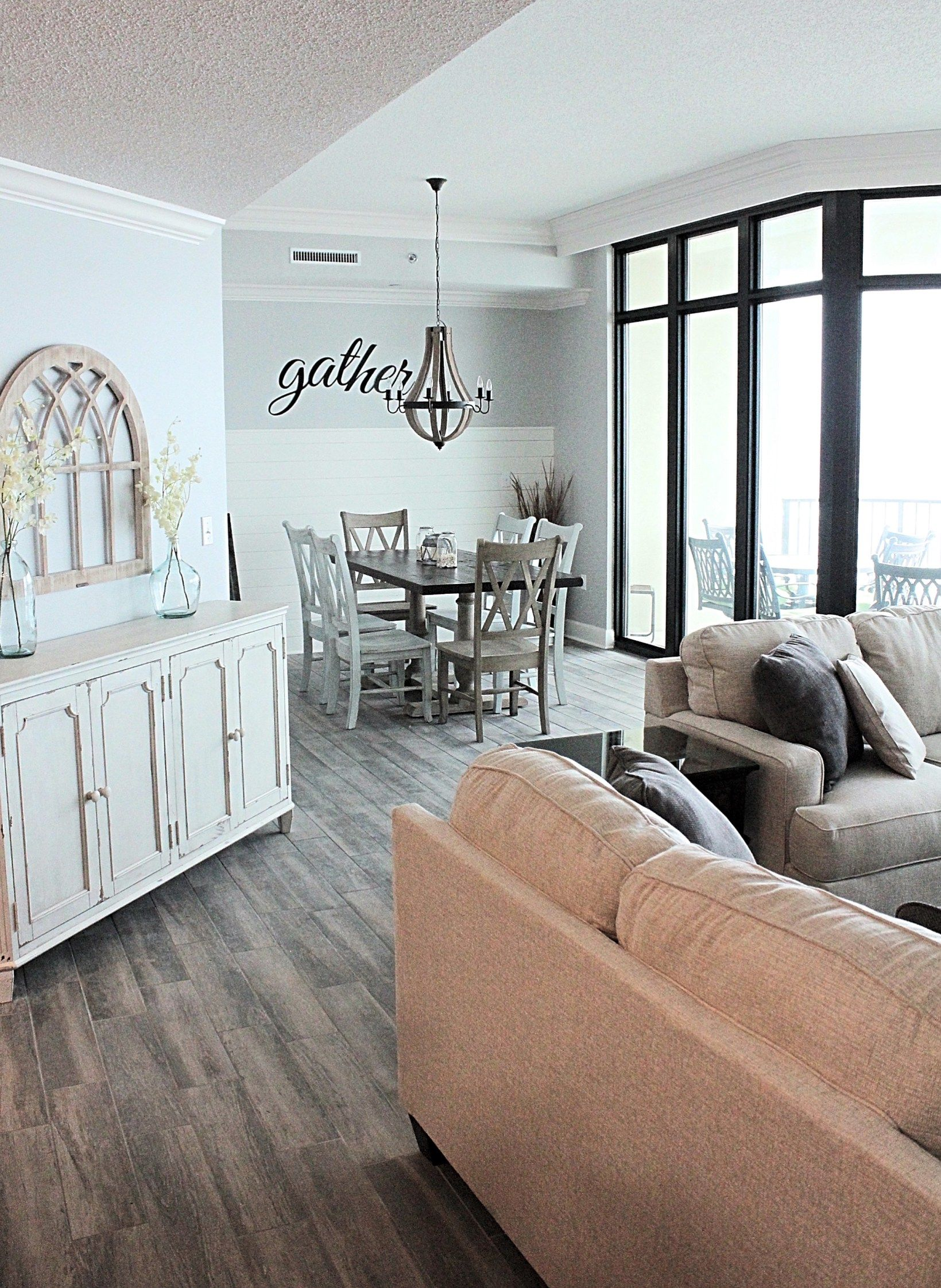Coastal Farmhouse Beach Condo Condo decorating, Modern