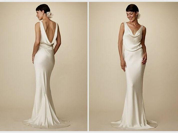 Pin By Emma Kidman On The Kennedy Family Celebrity Wedding Gowns Famous Wedding Dresses Carolyn Bessette Wedding Dress