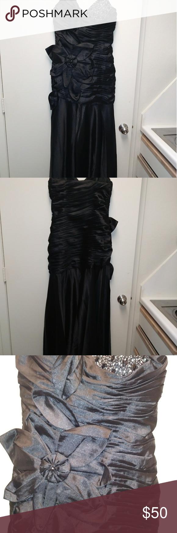 Nwot chicas long black formal dress medium long black formal