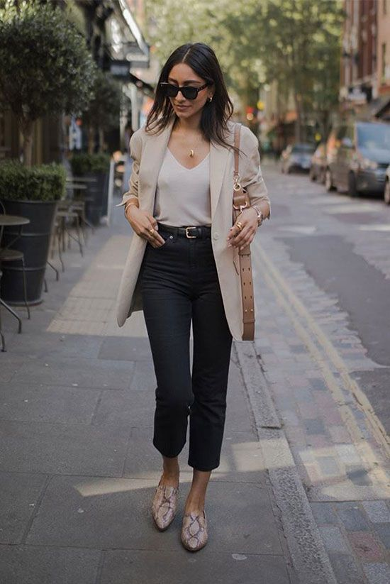 These Outfits Prove That A Beige Blazer Is A Must-Have