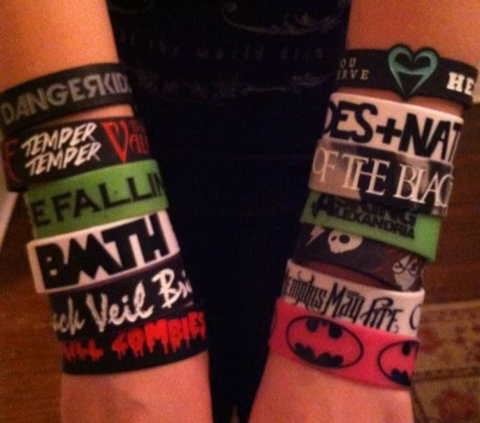 Wristbands I Have 9 On Right Now D Want Some Kandi S Doe