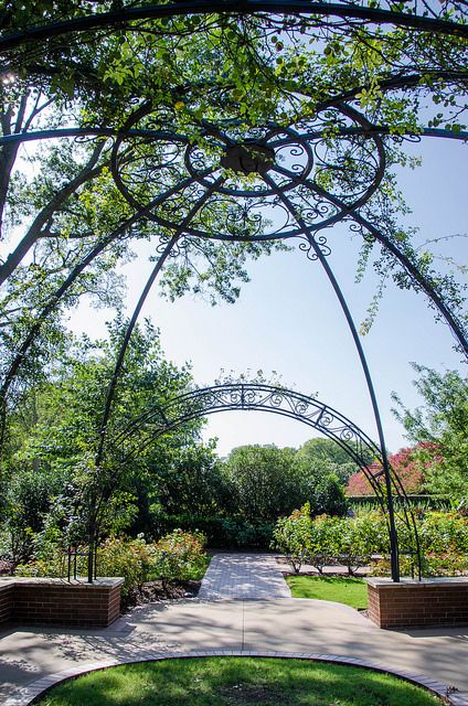 Dallas Arboretum Vs Fort Worth Botanical Gardens