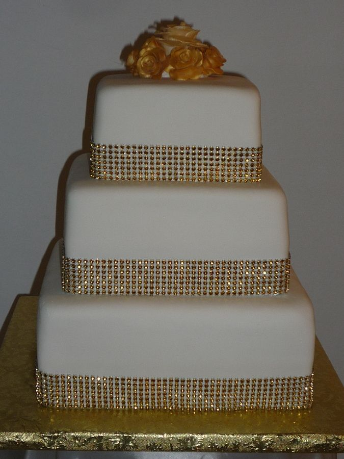square wedding cakes with bling square wedding cakes with bling gold bling square 20416