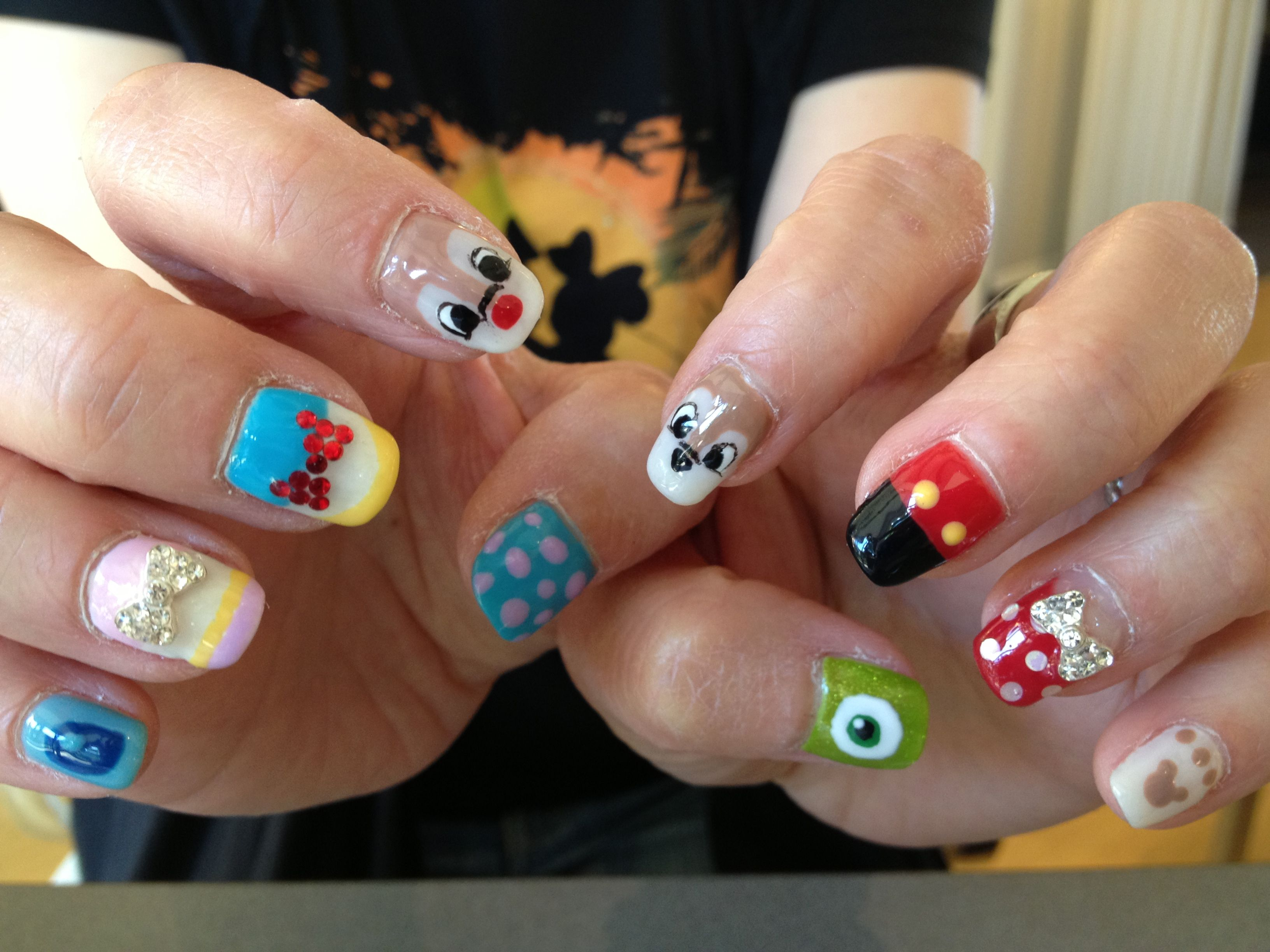 Disney characters nail!   Yoko Nail Designs   Pinterest