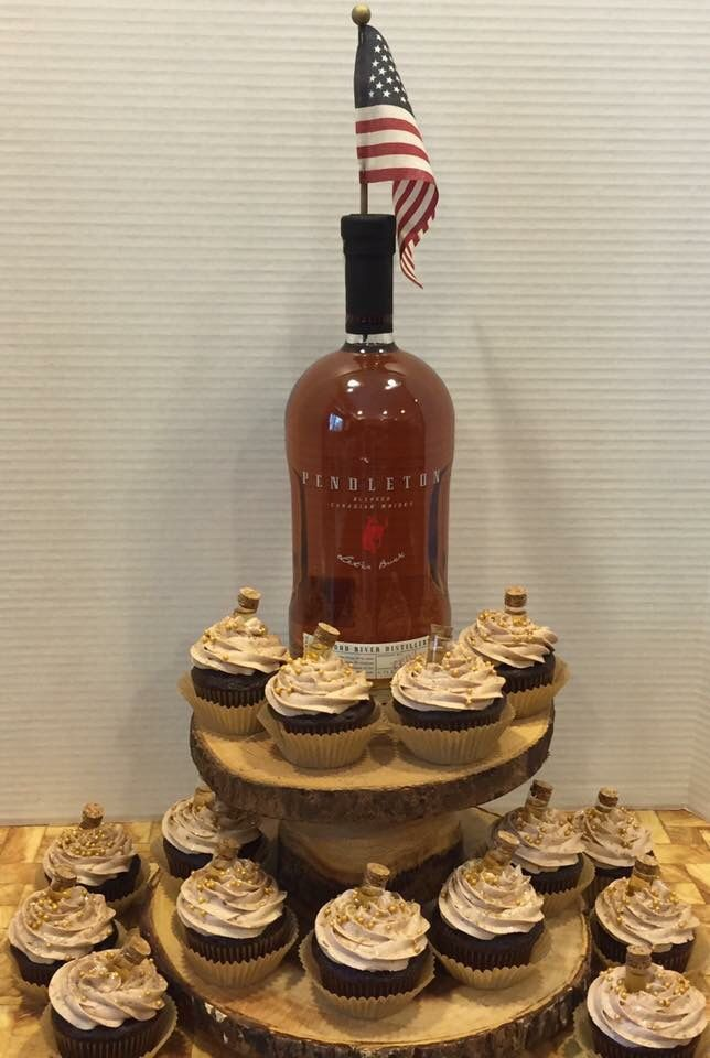 Excellent Pendleton Whiskey Cake Cupcakes Cakes By Holly Spokane Wa Http Funny Birthday Cards Online Chimdamsfinfo