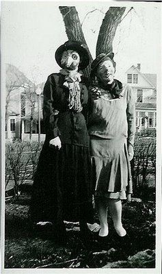 25 Creepy Vintage Halloween Photos Vintage Halloween Photos