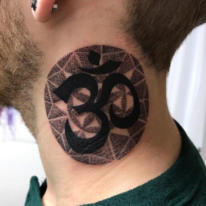 90 Idees De Tatouage Cou Homme Tatouage Cou Tatouage Tatouages Effrayants