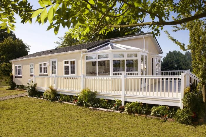 Regency Omar Homes Oooh Look It Has A Conservatory Park HomesMobile