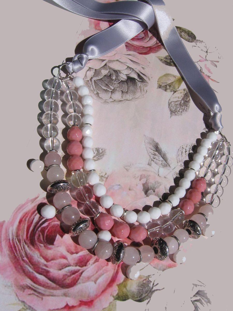 New necklace Rose...soon on www.oggibijoux.com Rose quartz, Glass