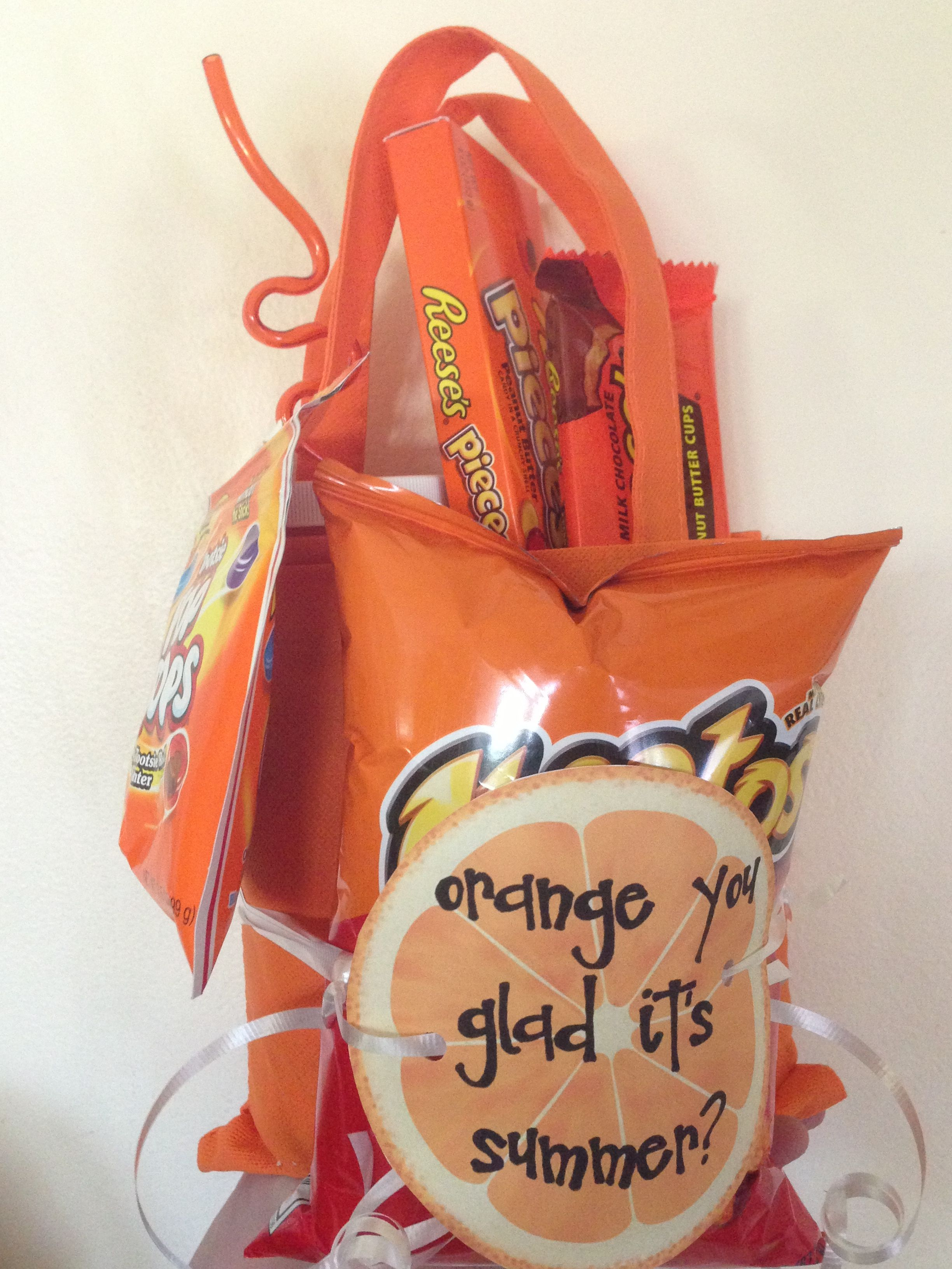 Such a fun last day of school teacher gift!! Orange you glad it's summer?? #eceappreciationgiftideas